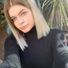 Dounya User Profile