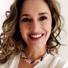 Adriana उपयोगकर्ता प्रोफ़ाइल