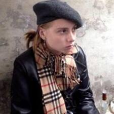 Sasha felhasználói profilja