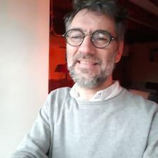 Jean-François es superanfitrión.