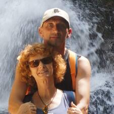 Melinda & Thomas User Profile