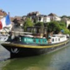 Jean-Luc Et Núria felhasználói profilja