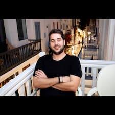 Nikolaos的用戶個人資料