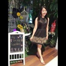 Profil Pengguna Pui Yee
