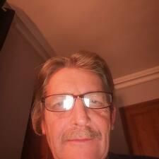 Profil korisnika Chris