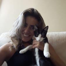 Daniela Flávia User Profile