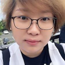 小妞 User Profile