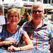 Glenda-and-Roger0