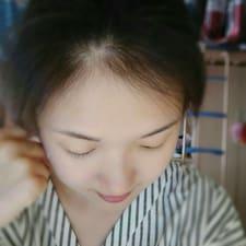 栗萱 User Profile