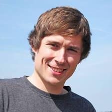 Tadeusz felhasználói profilja
