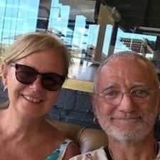 โพรไฟล์ผู้ใช้ David And Fiona