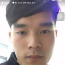 小德 felhasználói profilja