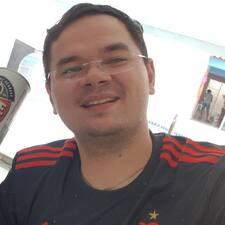 Användarprofil för Lázaro Robson