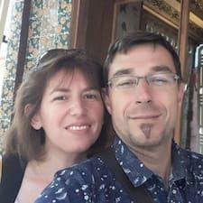 Frédéric & Nathalie is a superhost.