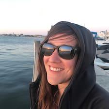 Marie-Ève User Profile