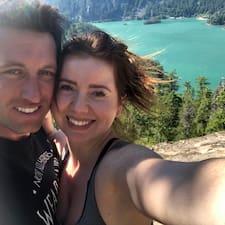 Matthew & Veronika Superhost házigazda.