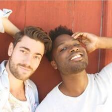 Aaron & Stéphen