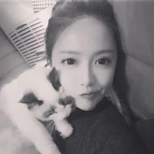 小默 felhasználói profilja