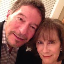 Profil korisnika Mike And Lisa