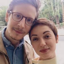 Szilvia & Akos님의 사용자 프로필
