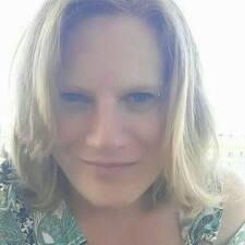 Davinya User Profile