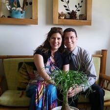 Laura Y Jorge User Profile