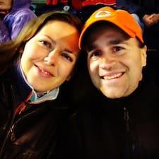 Richard & Emily Superhost házigazda.