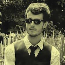 Pierre-Edouard felhasználói profilja