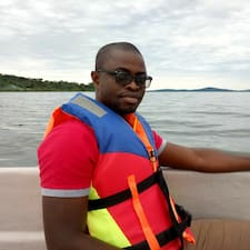 Mawuena Kofi Brugerprofil