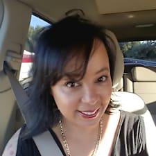 Profilo utente di Yvette