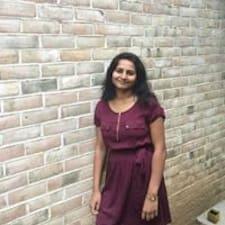 Naveena的用戶個人資料
