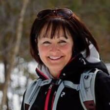 Christelle felhasználói profilja