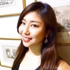 Yui felhasználói profilja