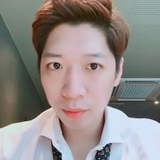 홍희 felhasználói profilja