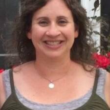 Profilo utente di Adrienne