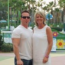 Pam And David on supermajoittaja.