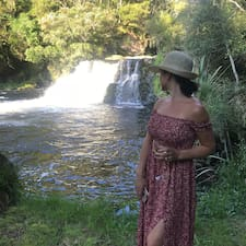 Niche Island Getaways User Profile