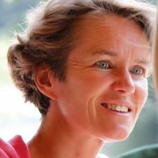 Joelle Brukerprofil