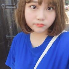 桃子 felhasználói profilja