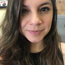 Adriana的用戶個人資料