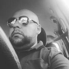 Damian felhasználói profilja