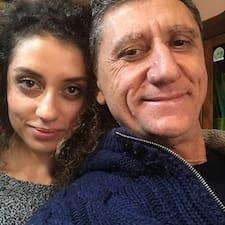 Rosario E Francesco är en Superhost.