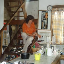 Flavia Saenz Brugerprofil