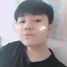 万坤 User Profile