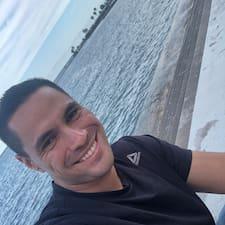Jorge Hernan Superhost házigazda.