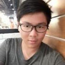 Nhat Thanh Brugerprofil