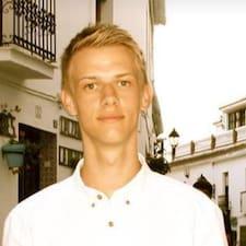 Peder felhasználói profilja
