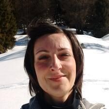Chiara的用戶個人資料