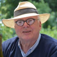 Charles Henri felhasználói profilja