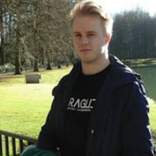 Robbe felhasználói profilja